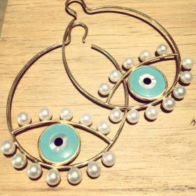 Για γούρι: Πως να φορέσετε το «μάτι»