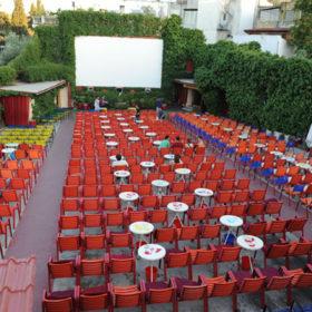 Movie night: Δείτε τα ομορφότερα θερινά σινεμά της Αθήνας και τι ταινίες παίζουν σήμερα