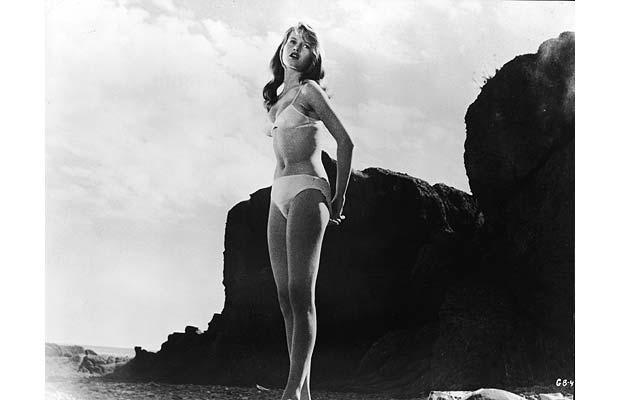 brigitte-bardot-manina-la-fille-sans-voiles-1952