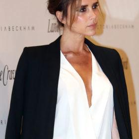 Η Victoria Beckham σχεδιάζει γυαλιά οράσεως
