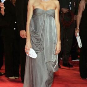 Η Sienna Miller ενσαρκώνει ηρωίδα της Jane Austen στη μεγάλη οθόνη