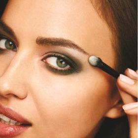 Το λαμπερό μακιγιάζ της Irina Shayk βήμα προς βήμα