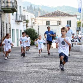 Για τρίτη συνεχή χρονιά διοργανώνεται ο Spetses Mini Marathon