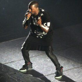 Γιατί επιτέθηκε ο Kanye West στον Hedi Slimane;