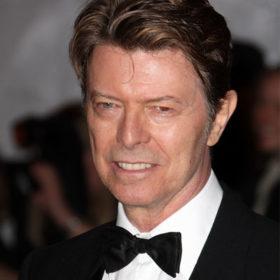 Ο David Bowie πρωταγωνιστεί στη νέα καμπάνια Louis Vuitton