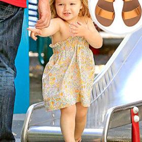Η μικρή Beckham φοράει Ancient Greek Sandals