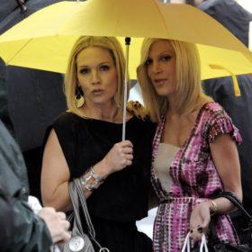 Επιστροφή στα 90′s: Η Kelly και η Donna από το Beverly Hills ενώνουν ξανά τις δυνάμεις τους