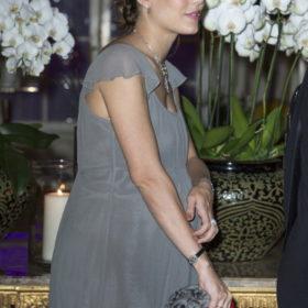 H Charlotte Casiraghi pregnant-chic στο Μονακό