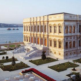 Chic Escape: Çırağan Palace & τι να πάρετε μαζί σας