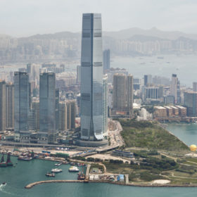 Chic Escape: The Ritz-Carlton Hong Kong & τι να πάρετε μαζί σας