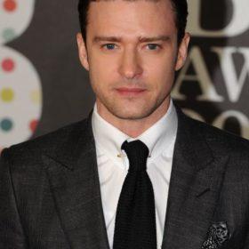 Justin Timberlake: Ποιον σχεδιαστή επέλεξε να φορέσει στην παγκόσμια περιοδεία του;