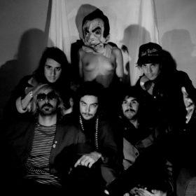 The Growlers: To πιο εκκεντρικό συγκρότημα από το LA έρχεται στην Ελλάδα