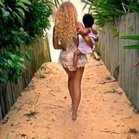 Beyoncé: Δείτε τα 17 Video Clip από το νέο της άλμπουμ