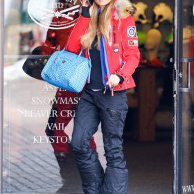 Spotted: Η Paris Hilton winter-chic στο Άσπεν
