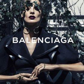 Η νέα καμπάνια του Οίκου Balenciaga με πρωταγωνίστρια την Daria Werbowy