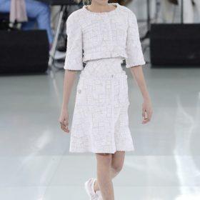 Chanel Ηaute Couture Sneakers: Διαβάστε πώς μπορείτε να τα αποκτήσετε