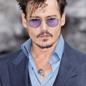 Ο Johnny Depp παντρεύεται την αγαπημένη του Amber Heard
