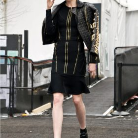 Spotted: Η Coco Rocha με εντυπωσιακό outfit στη New York Fashion Week