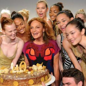 H Diane Von Furstenberg γιόρτασε τα 40α γενέθλια του Wrap Dress