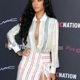 Rihanna: Γιατί θέλει να αλλάξει καριέρα