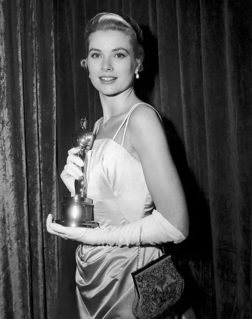 1955-grace-kelly