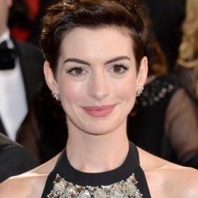 Anne Hathaway: Γέννησε το δεύτερο παιδί της;