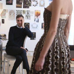 Dior et Moi: Ένα νέο ντοκιμαντέρ αφιερωμένο στο γαλλικό οίκο μόδας και στο Raf Simons