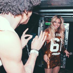Η Beyoncé, ο Jay Z και το inception ενός Tom Ford φορέματος