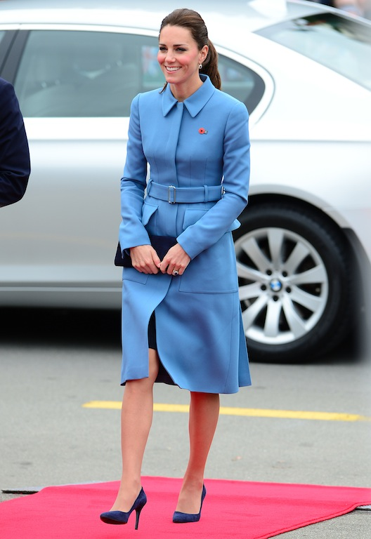 The Duke and Duchess of Cambridge attend a wreath laying in Blenheim, galazio pal to, alexandermcqueen