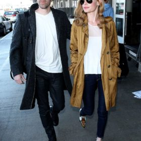 Spotted: Η Kate Bosworth με traveling chic look στο αεροδρόμιο του L.A.