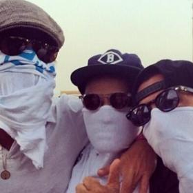Ποιος είναι ο ψηλός σταρ της φωτογραφίας που βρέθηκε στο μουσικό Φεστιβάλ Coachella;