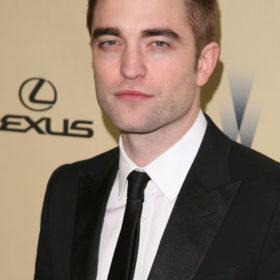 Robert Pattinson: Δείτε το καυτό trailer της νέας ταινίας στην οποια πρωταγωνιστεί