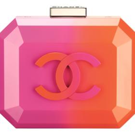 Editor' s choice: Το νέο καλοκαιρινό clutch της Chanel