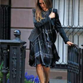 Spotted: Sarah Jessica Parker ή Carrie Bradshaw;