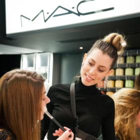 OMG! OMG! OMG! H MAC διοργανώνει εργαστήρια μακιγιάζ