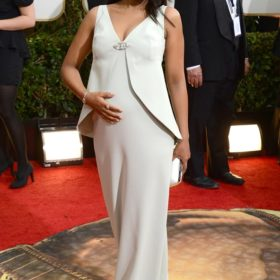 Kerry Washington: Η πιο κομψή ηθοποιός έγινε μανούλα