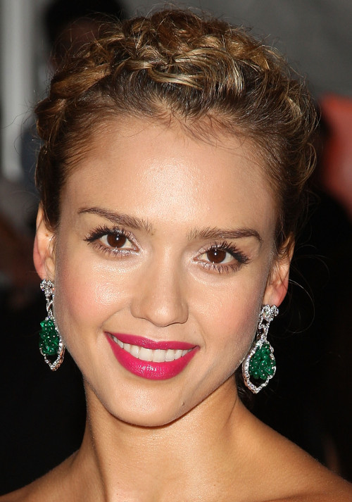 2009-the-model-as-muse-embodying-fashion-jessica-alba