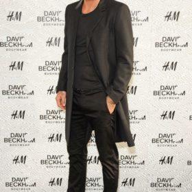 David Beckham: Με see through τοπ στην παρουσίαση της Swimwear συλλογής του