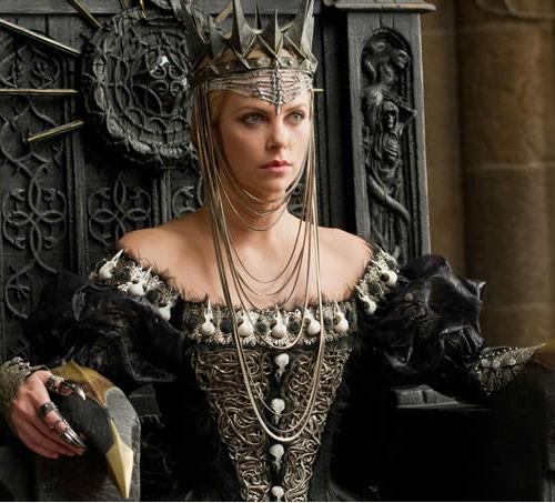 evil-queen-ravenna