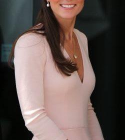 Kate Middleton: Ποια πασίγνωστη ηθοποιός είναι ξαδέρφη της;