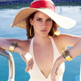 Shades of Cool: Ακούστε το νέο τραγούδι της Lana Del Rey
