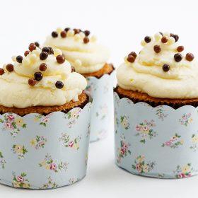 Cupcakes βανίλιας με κρέμα λεμόνι