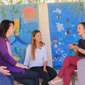 Just Kidding: Η Δέσποινα Καμπούρη συναντάει τις super μαμάδες