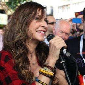 Άννα Βίσση: Βρέθηκε στο πρώτο gay pride της Κύπρου και καταχειροκροτήθηκε