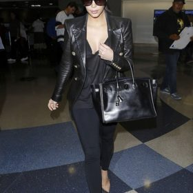 Kim Kardashian: Η μοναχική επιστροφή από τον μήνα του μέλιτος και οι φήμες για κρίση στο γάμο της