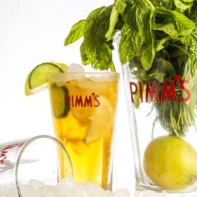 PIMM'S: Το πιο δροσερό ποτό για φέτος το καλοκαίρι
