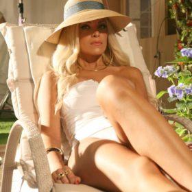 Κατερίνα Καινούργιου: Τι μαγιό επέλεξε να φορέσει στο τρέιλερ της νέας της εκπομπής;