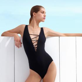 Fashion απορία: «Να αγοράσω ένα ακριβό μαγιό φέτος το καλοκαίρι;»