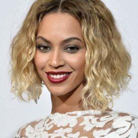 Μία έκθεση αφιερωμένη στα ρούχα της Beyoncé