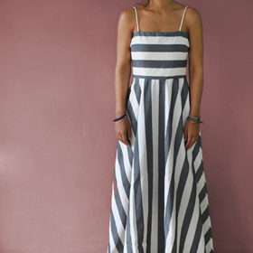 Editor' s choice: Το ριγέ maxi φόρεμα Madame Shou Shou